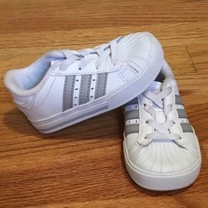 ADIDAS Neo Label White Baby Sneakers (Size 5)